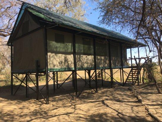 Hwange National Park, Zimbabwe: Our tent