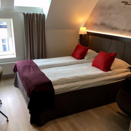 Quality Hotel Waterfront Alesund: Dobbeltrom