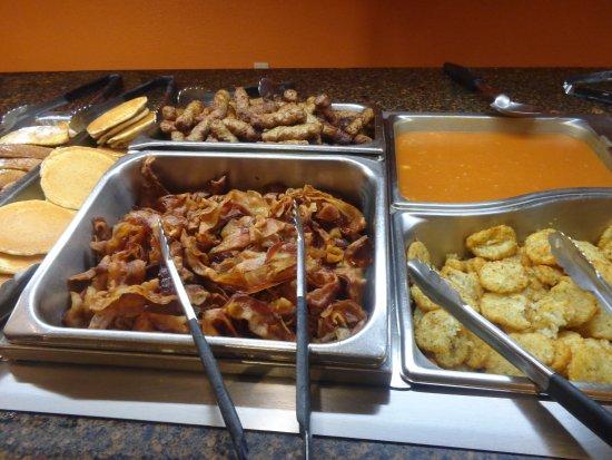 كواليتي إن إنترناشونال إيه روزن بروبرتي: Breakfast Buffet