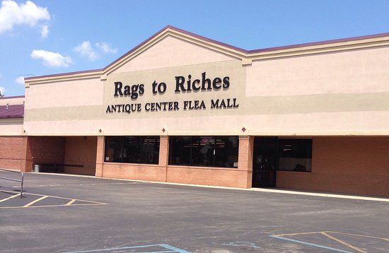 Harrodsburg, KY : Rags to Riches Antique Mall