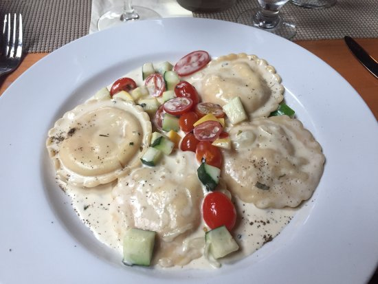 Newbury, MA: Lobster Ravioli at the PIG