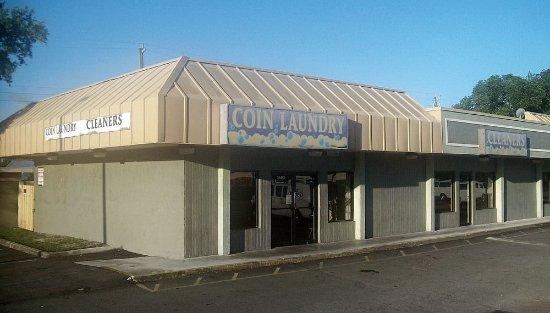 Sheridan & I-95 Coin Laundry
