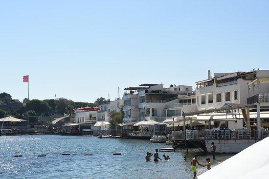 Port Bodrum Yalikavak: RESTAURANTS BEACH SIDE