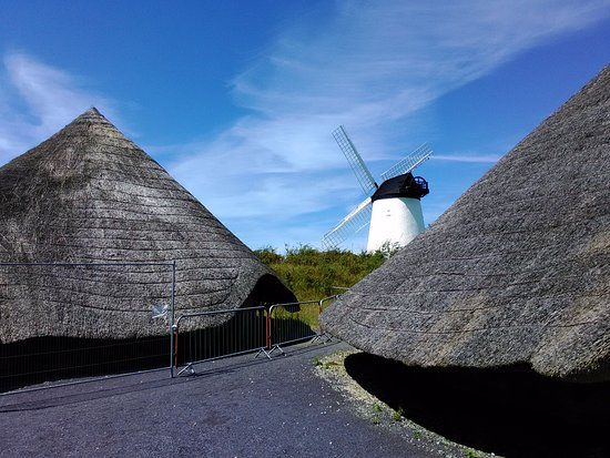Llanddeusant, UK: The Mill and Two Roundhouses