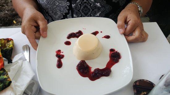 Iver, UK: Delicious desserts!!!!