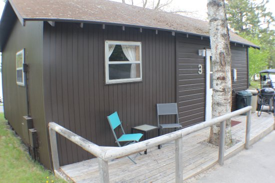 Γκραντ Ράπιντς, Μινεσότα: Cabin #3