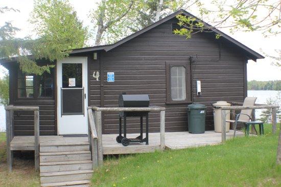 Γκραντ Ράπιντς, Μινεσότα: Cabin #4