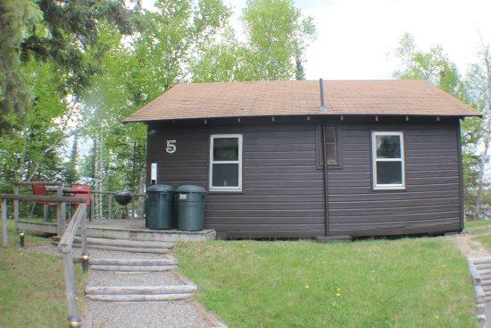 Γκραντ Ράπιντς, Μινεσότα: Cabin #5