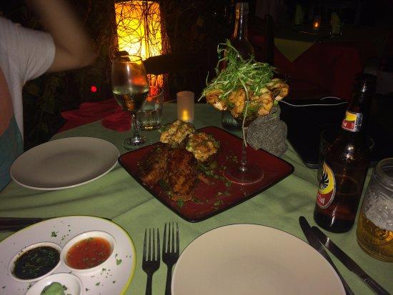 Бразилито, Коста-Рика: Langosta, camarones y atún para cena.