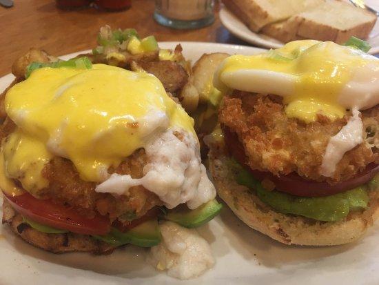 Pinole, Kaliforniya: Tina's Place Restaurant