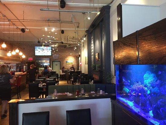 Drummondville, Canadá: Resto vraiment bien !!! Prix un peu en bas des chaînes de restaurant à déjeuner et Qualité au de
