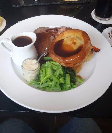 Kineton, UK: Roast beef dinner