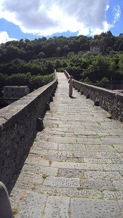 Borgo a Mozzano, Italia: Pavimentazione