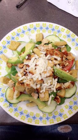 Roxboro, Caroline du Nord : Grilled chicken salad