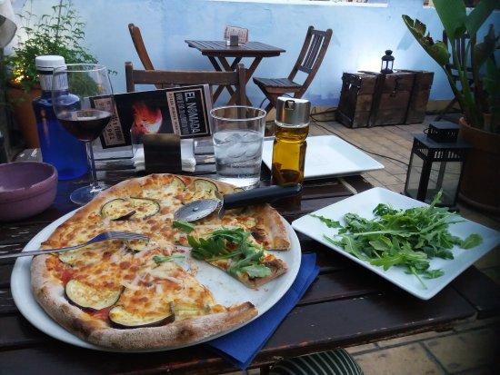 Pizzeria el Nómada Pza San Marcos: 20170717_213958_large.jpg
