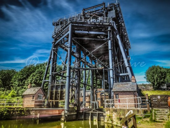Νόρθγουιτς, UK: Anderton Boat Lift