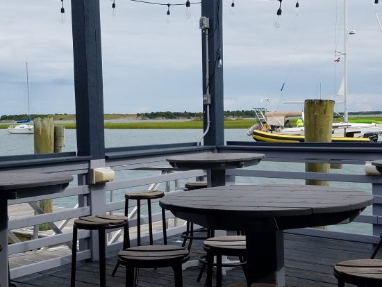 Morehead City, NC: Ruddy Duck Tavern