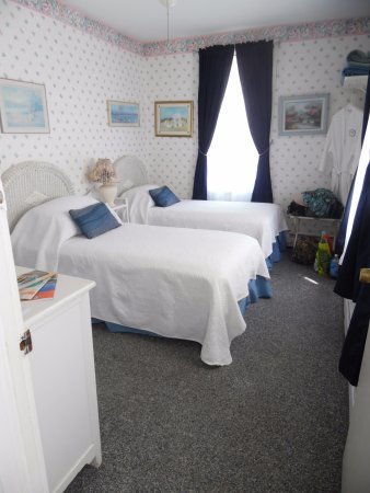 Belmar, NJ: Our cozy room