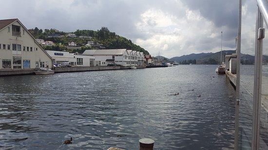 Flekkefjord, Norway: Utsikt fra et av serveringsstedene.