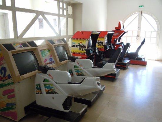 salle de jeux pour enfant bloc 2000 photo de vincci. Black Bedroom Furniture Sets. Home Design Ideas