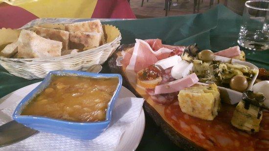 Fondi, Italien: 20170716_215259_large.jpg