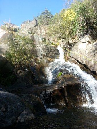 Poyales del Hoyo, Spanien: la cascada final