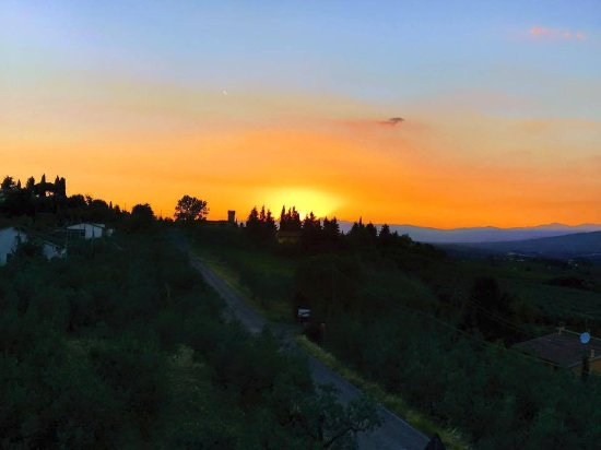 Villa Le Torri: Tuscan Sunset