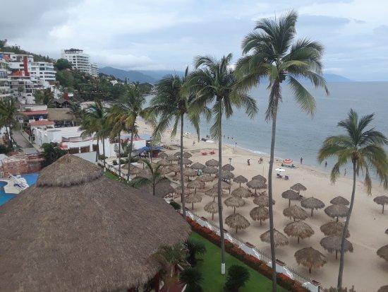 Tropicana Hotel: 20170629_121703_large.jpg