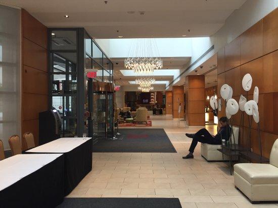 Toronto Marriott Downtown Eaton Centre Hotel: photo1.jpg