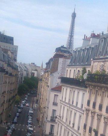 Hotel l'Amiral: Vue sur la Tour Eiffel