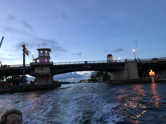 a night time view of the Hollywood Beach Blvd. Bridge over the Intracoastal Waterway