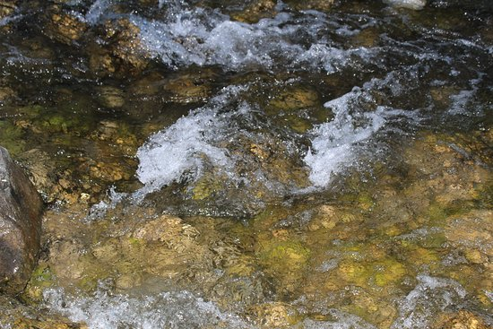 Bragg Creek, Canada: How soothing..gurgling water..