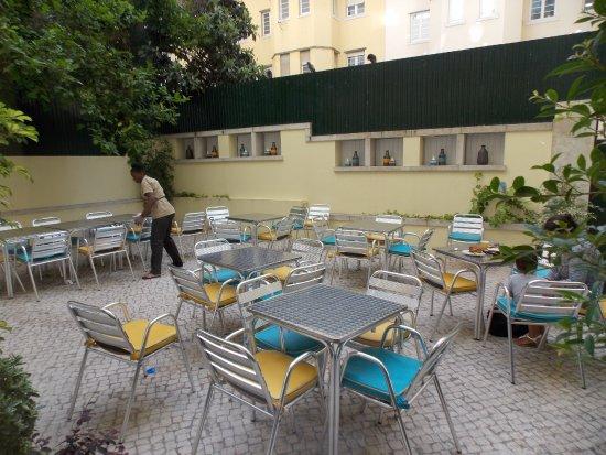 Hotel Avenida Park : Área para o café da manhã