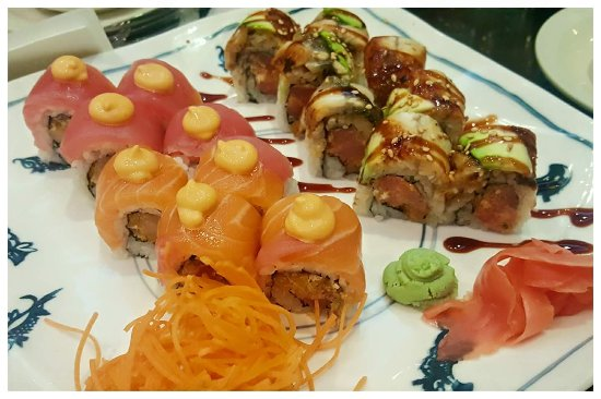 Oriental Palace & Sushi Bar: Million Dollar Roll and Ocean Roll - so fresh and delicious!