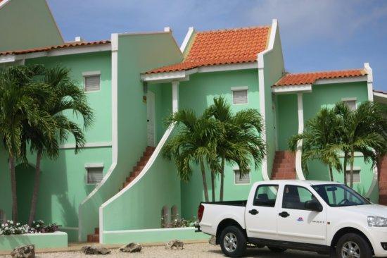 Coral Paradise Resort Photo