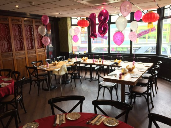 Michael Wan's Mandarin Cantonese Restaurant: Our Blossom Room decorated for an 18th Birthday party