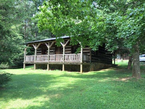 Dobson, Северная Каролина: Front view