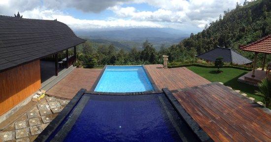 Banjar, Indonesia: enjoy the great view of Munduk village