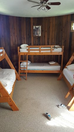 Peoria, IL: Bunk room in double cottage