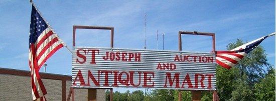 Saint Joseph, MO: St Joseph Auction & Antique Mart