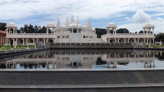 Lilburn, GA: BAPS Shri Swaminarayan Mandir Atlanta - All of the marble, limestone etc was completed and shipp