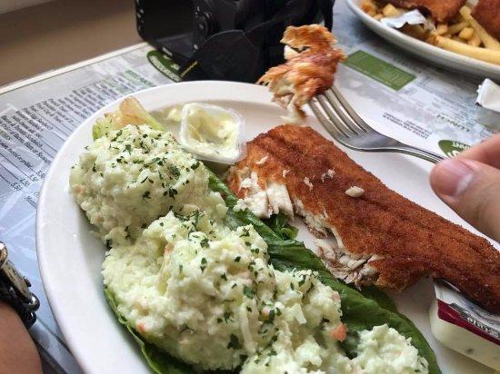 Craigie's Harborview Restaurant: Nice Fish and Chips