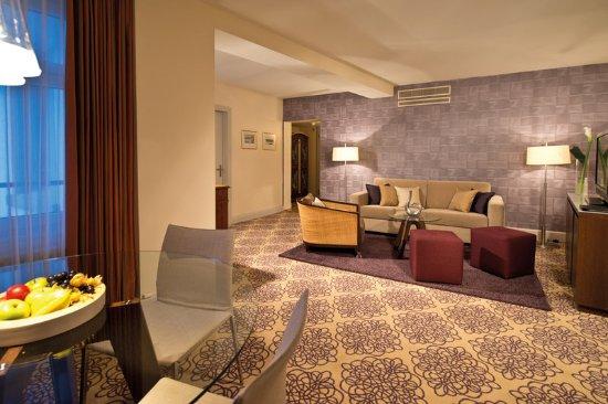 Alden Suite Hotel Splügenschloss Zurich: RSTAlden Junior Suite