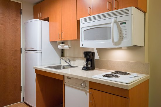 Candlewood Suites New York City Times Square : Accessible In-Room Kitchen