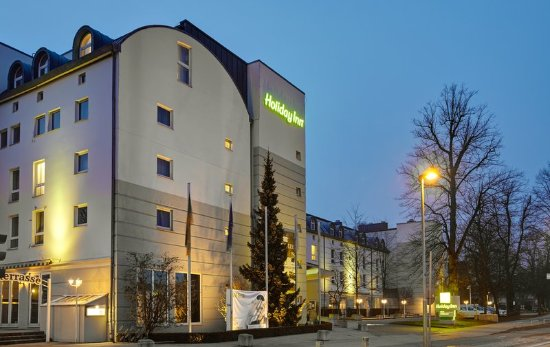 Holiday Inn Luebeck: Twilight at Holiday Inn Lubeck