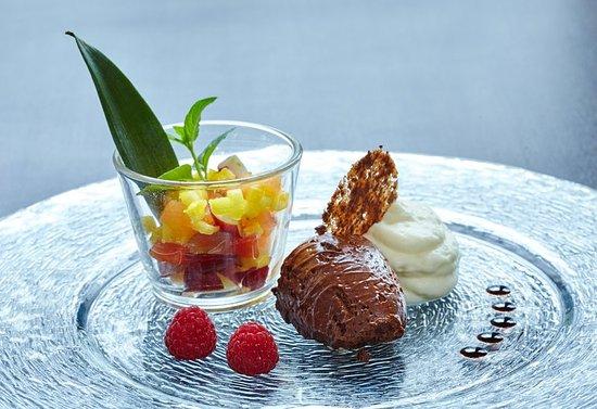 Holiday Inn Luebeck: Mousse au Chocolat
