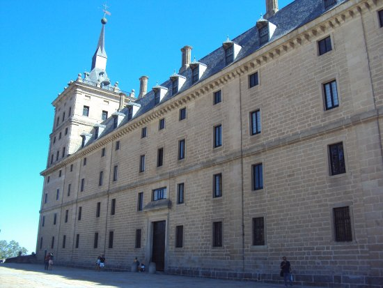 Monasterio y Sitio de San Lorenzo de El Escorial Photo