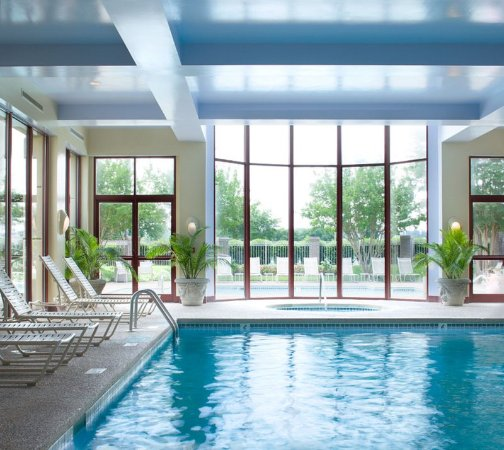 Refresh & Relax at the Crowne Plaza Memphis East