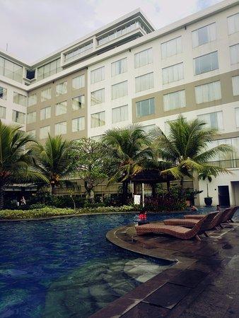 Hotel yang tepat berada di atas Mall terbesar di Banjarmasin