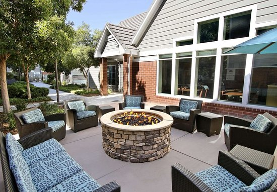 Milpitas, CA: Fire Pit
